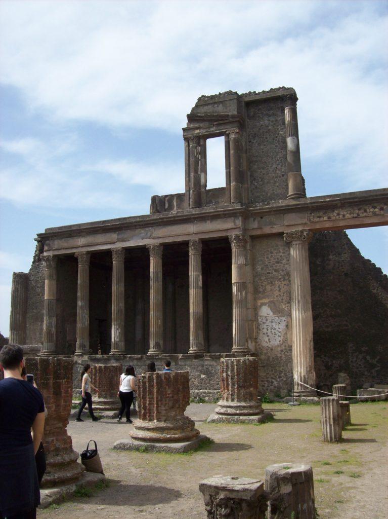 Basilica, Scavi di Pompei