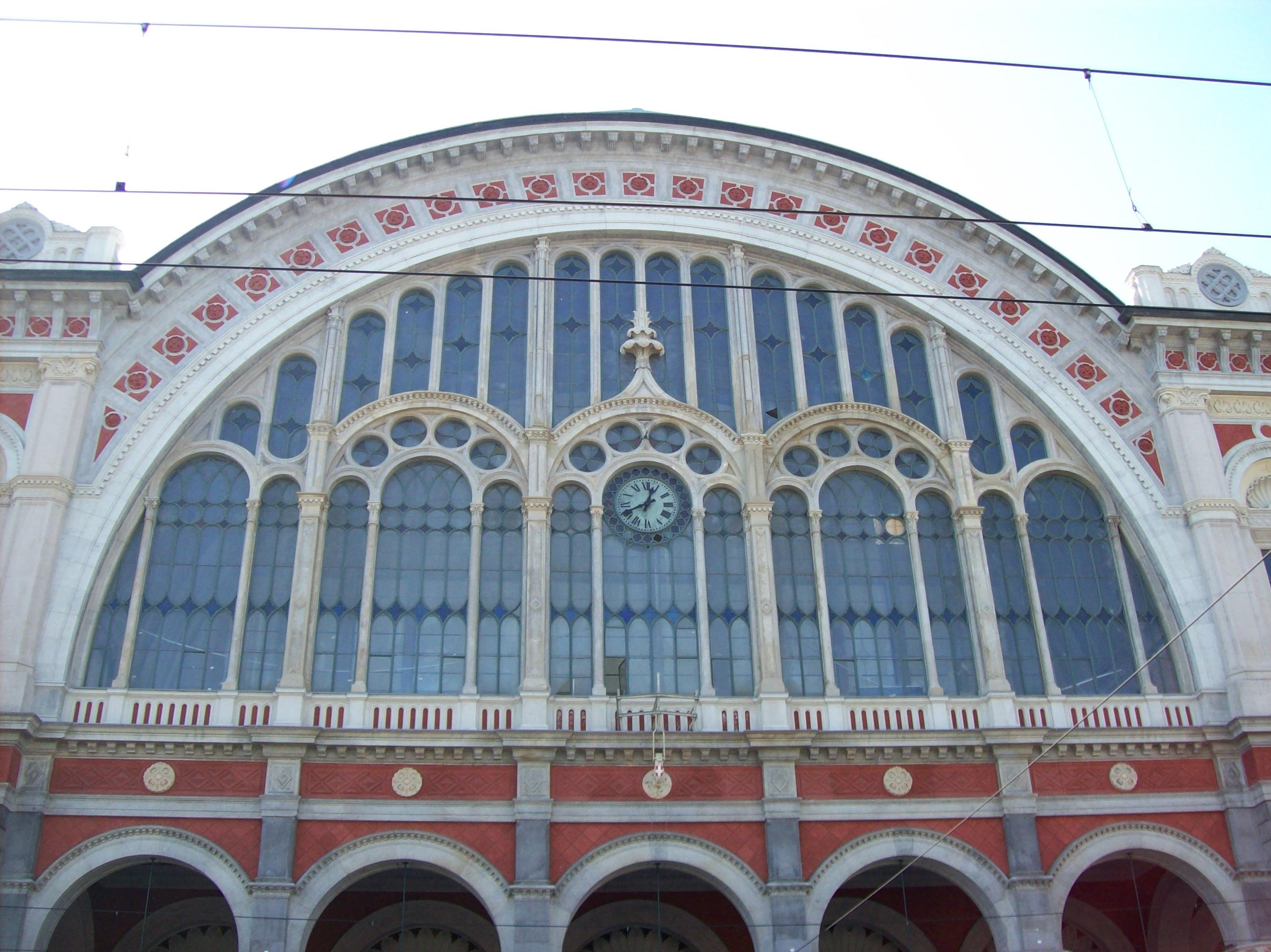 """Stazione ferroviaria """"Porta Nuova"""", Torino"""
