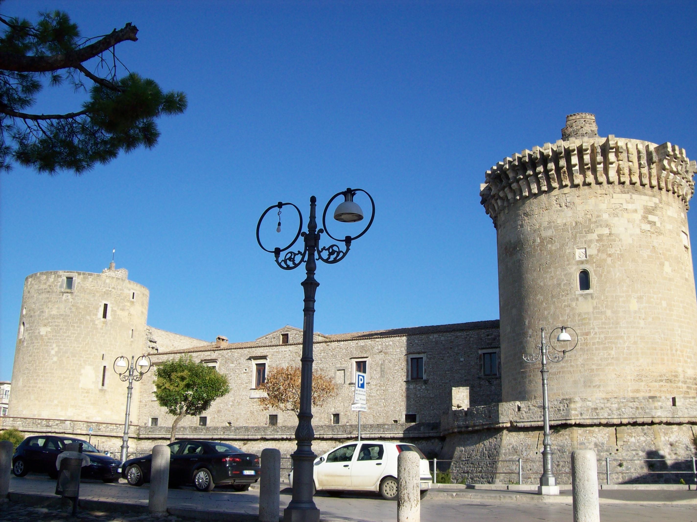 Castello aragonese (XV - XVII sec.), Venosa