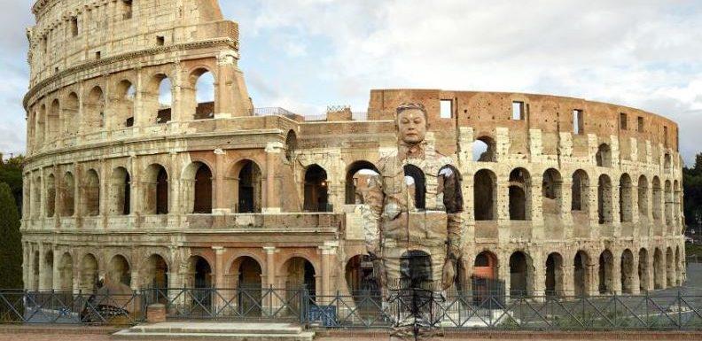 """""""Liu Bolin"""", Complesso del Vittoriano, Roma"""